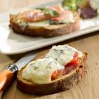 Tartine grillée - bruschetta au fromage - brushetta - fromage Onetik - bleu des basques - fromage basque