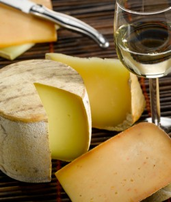 Accords fromages et vins - Fromage Onetik - Plateau de fromages